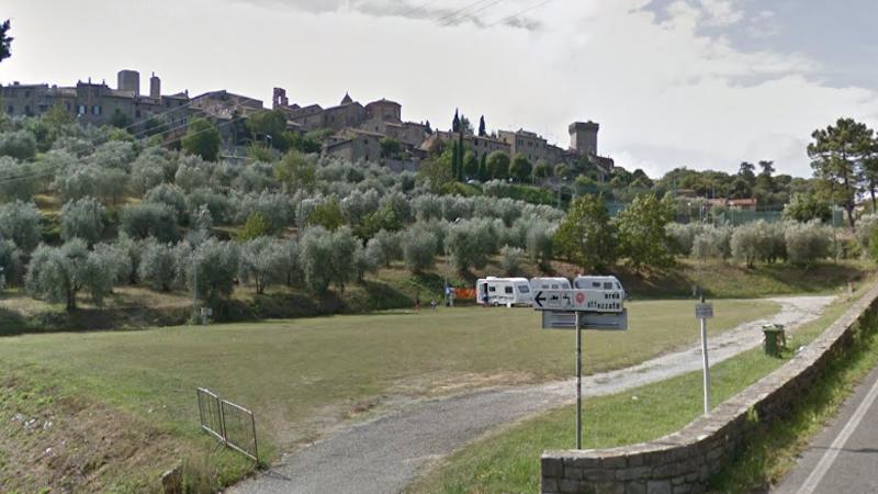lucignano-area-attrezzata-camper.png