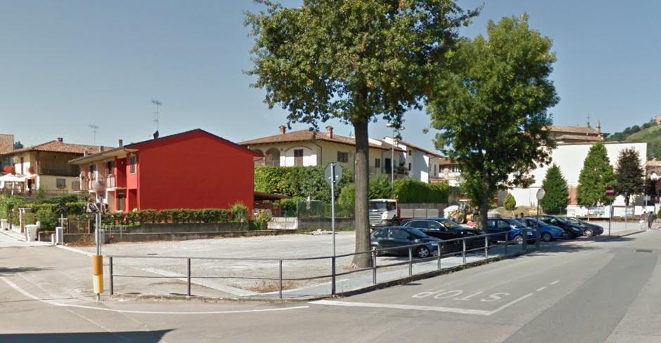 parcheggio-misto-Monticello d'Alba.png