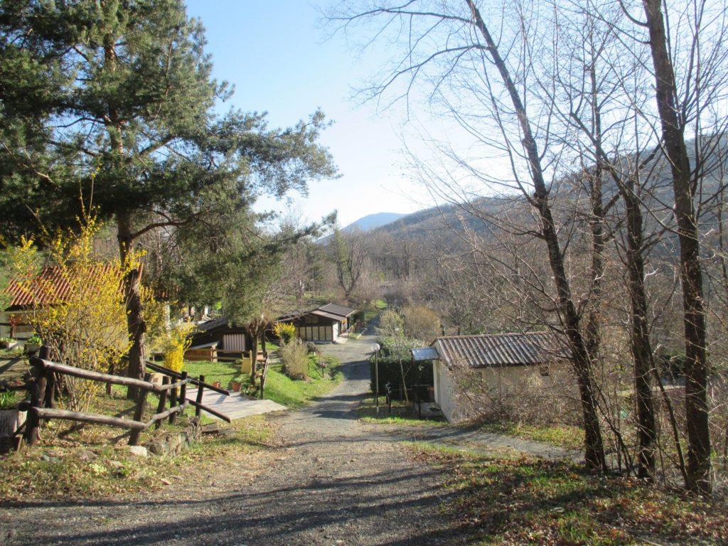 Camping-Campeggio-I-pianelli-Berceto-villaggio-Bungalow.jpg