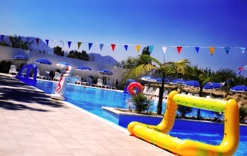 salicamp-salica-boschetto-holiday-piscina.jpg