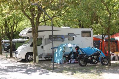 Camping-Tahiti-lido-nazioni-Ferrara piazzola.JPG
